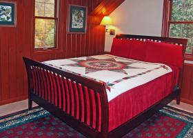 Queen Room; Last Rapid, ensuite private bath, free wifi, hot breakfast river vi